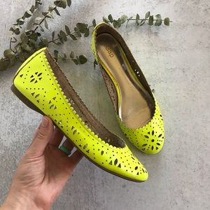 GAP Neon Perforated Cut Out Leather Flats 6